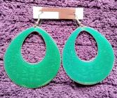 OVAL SHAPED ENAMEL AND GREEN/SILVER COLORED EARRINGS x 1