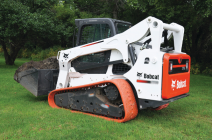 BOBCAT SKID STEER (ON TRACKS) (Rental without Operator)